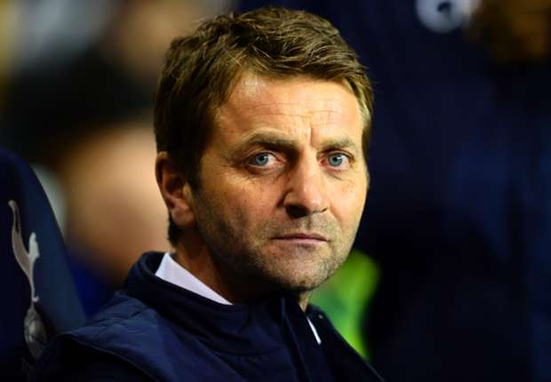 Tottenham manager Sherwood accuses Benfica boss Jesus of lacking class