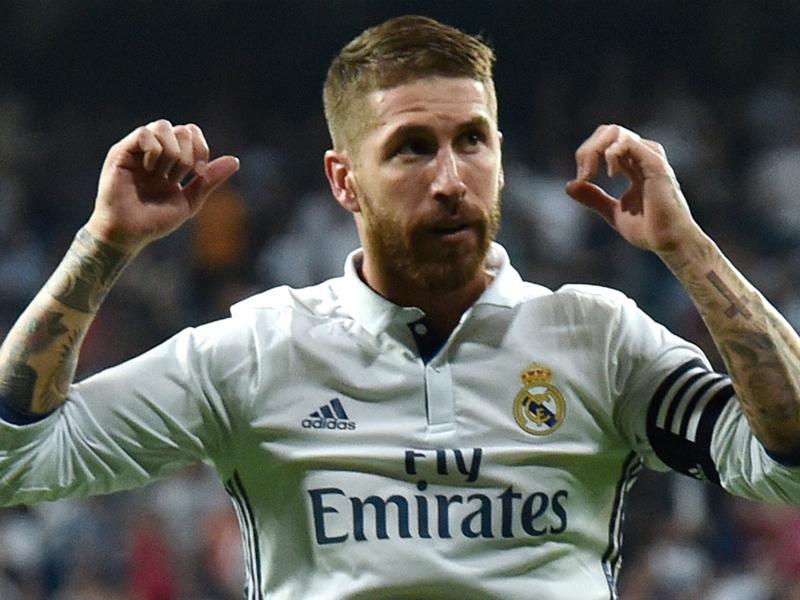 Tegola per il Real Madrid: distorsione del legamento del ginocchio per Ramos