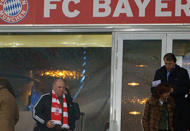 Hoeness attends Bayern-Arsenal game