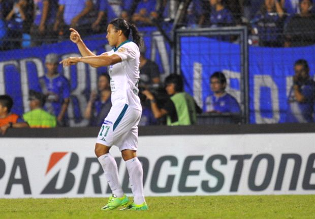 Leon's Boselli says Italy would suit teammate 'Gullit' Pena
