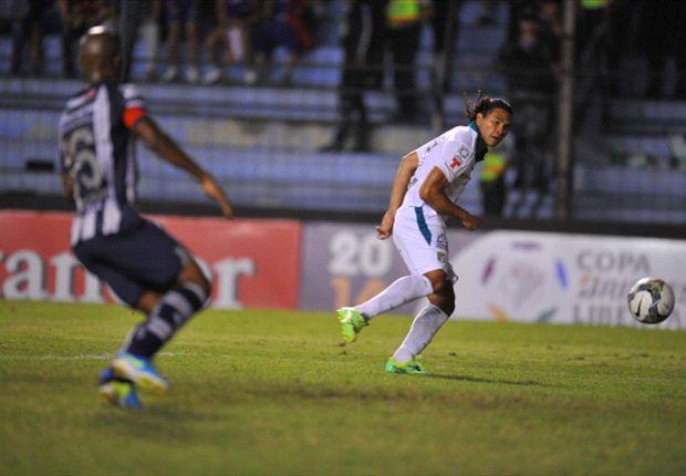 Emelec venció a León con dos goles de Escalada
