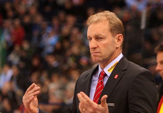 Southampton chief Krueger reiterates Schneiderlin stance