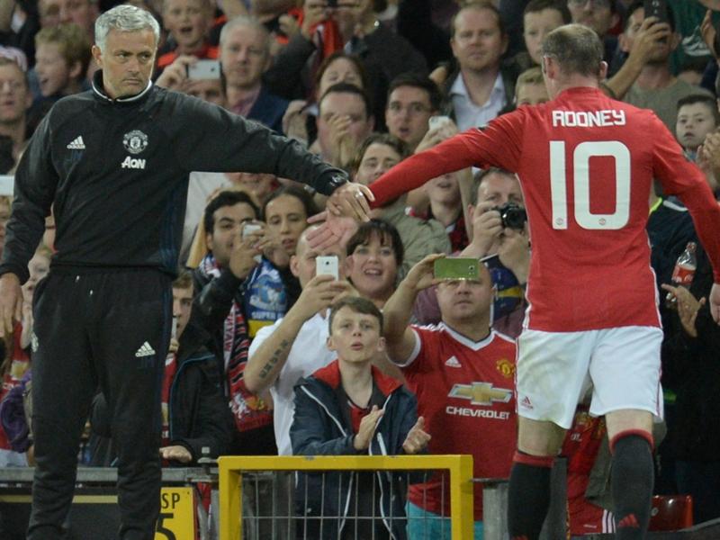 Manchester United, José Mourinho soutient Wayne Rooney