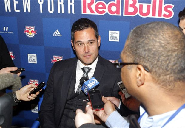 New York Red Bulls sign coach Mike Petke to new deal