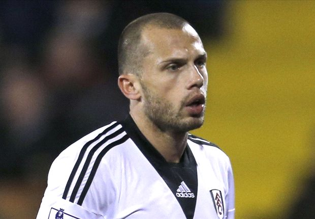 Van der Vaart: Heitinga perfect for Hertha Berlin