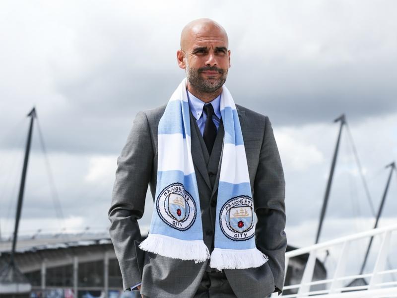 """Manchester City, Guardiola : """"Touré ? Dans mon équipe je suis le chef"""""""