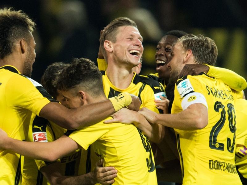 Borussia Dortmund-Friburgo 3-1: I gialloneri volano in vetta