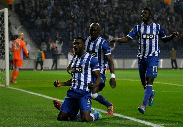 Porto 1-0 Napoli: Martinez secures slender first-leg lead