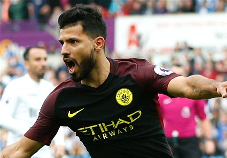 Aguero keeps Man City perfect