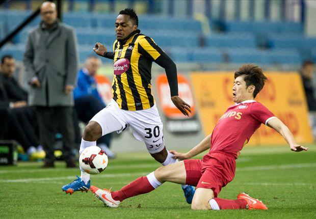 PSV nadert plek twee na zege in Arnhem