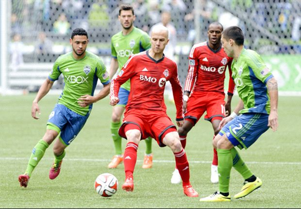 Seattle Sounders FC 1-2 Toronto FC: Dangerous Defoe doubles as rejuvinated Reds revealed