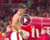 ► Tremendo gesto de Mesut Özil