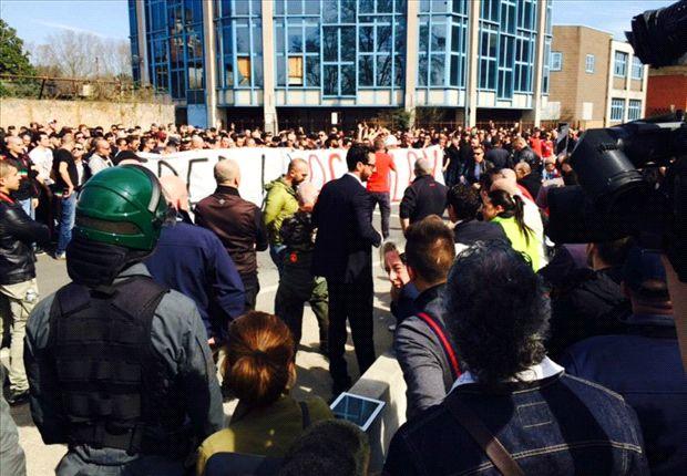 Milan fans protest outside San Siro