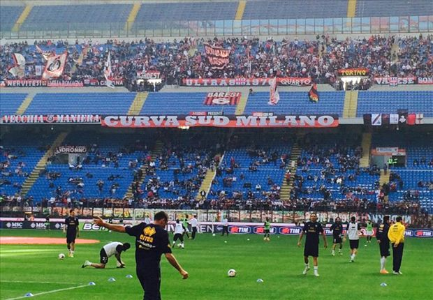 Milan, record negativo di abbonati: il numero più basso dal 1982