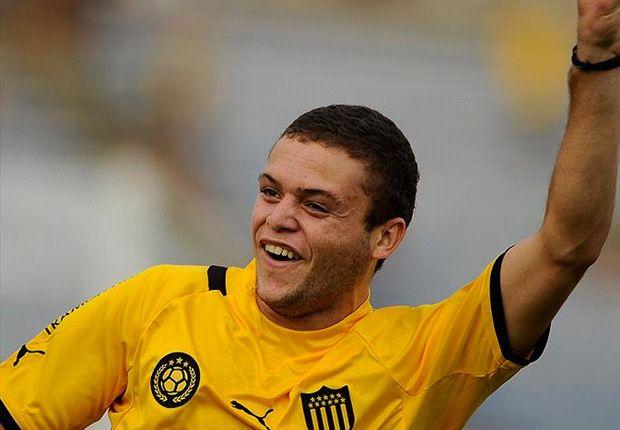 Jhonatan Rodríguez marcó el segundo gol de los aurinegros