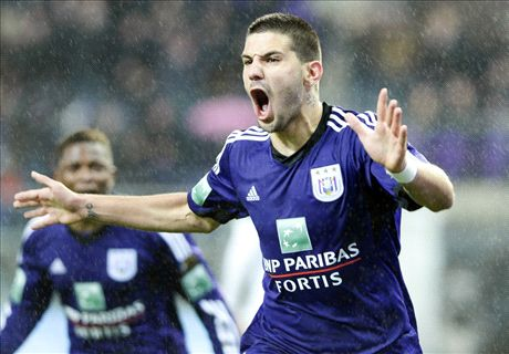 Newcastle signs Mitrovic