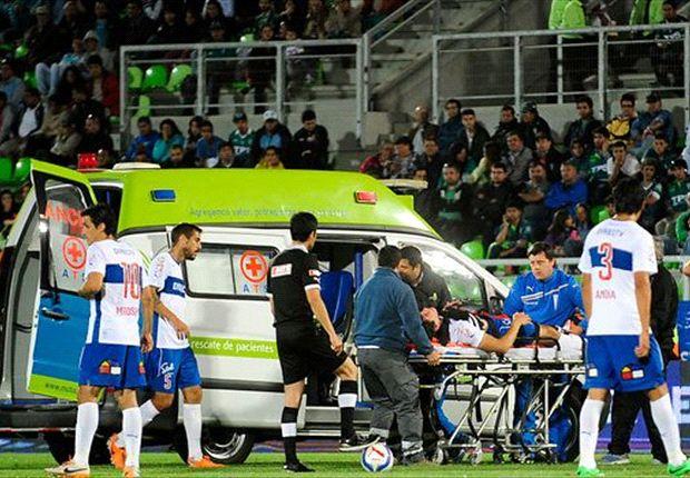 La ambulancia ingresó y lo trasladó a una clínica.