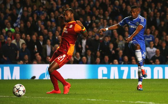 Samuel Eto'o Aurelien Chedjou Chelsea v Galatasaray AS UEFA Champions League Round of 16 03182014