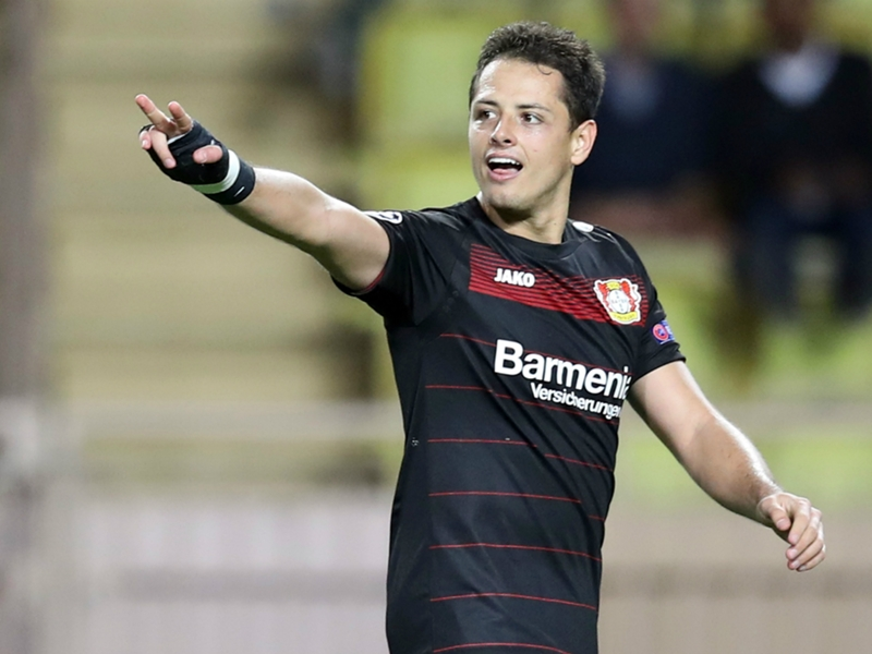 Mourinho: 'Killer' Chicharito would have scored 20 goals with Man Utd