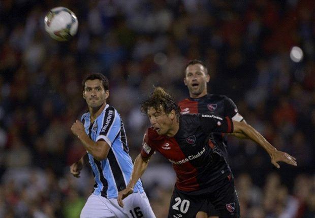 Newell's y Gremio empataron en Rosario