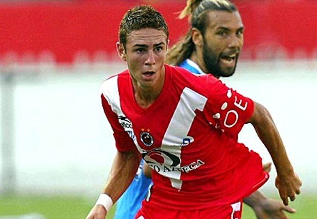 Miguel Layun seeks win over Chivas to spark America's season