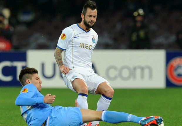 Neapel und der FC Porto lieferten sich ein hartes Duell
