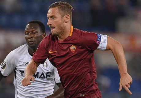 Totti in fine form as Roma rout Astra