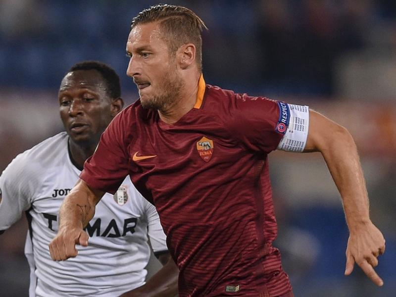 Roma, Totti insegue il goal numero 100 in Europa e con Spalletti