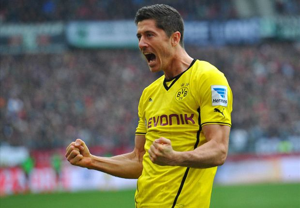 Lewandowski targets cup glory with Dortmund