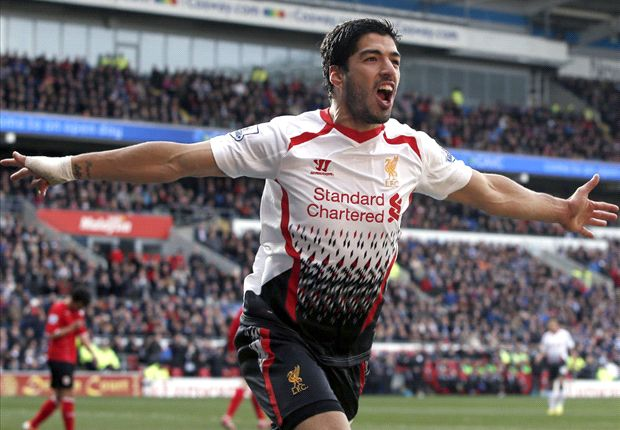 Liverpool 'calm' over title chances, claims Suarez
