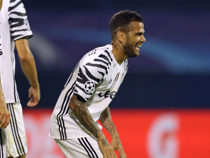 "Juventus, Dani Alves : ""Capable de battre n'importe qui en Europe"""