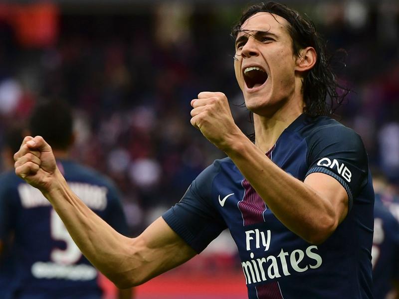 Ultras, Cavani, anciens... : les 6 choses à retenir de la victoire parisienne face à Bordeaux