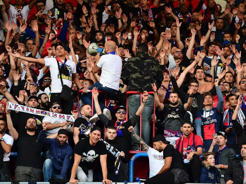 Le PSG félicite les Ultras