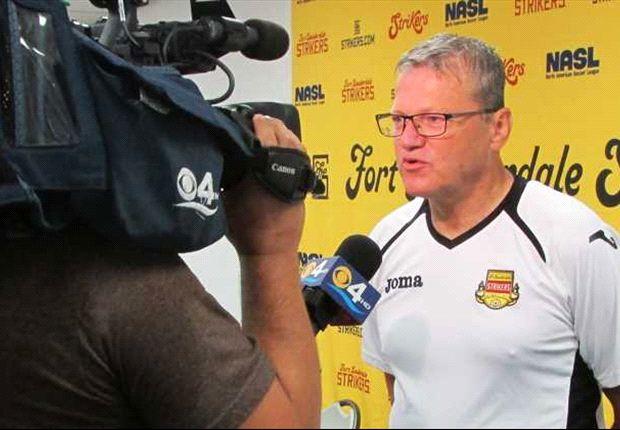Strikers extend contract for coach Günter Kronsteiner through fall 2014
