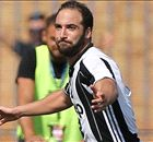 Higuain clinic guides Juve to victory