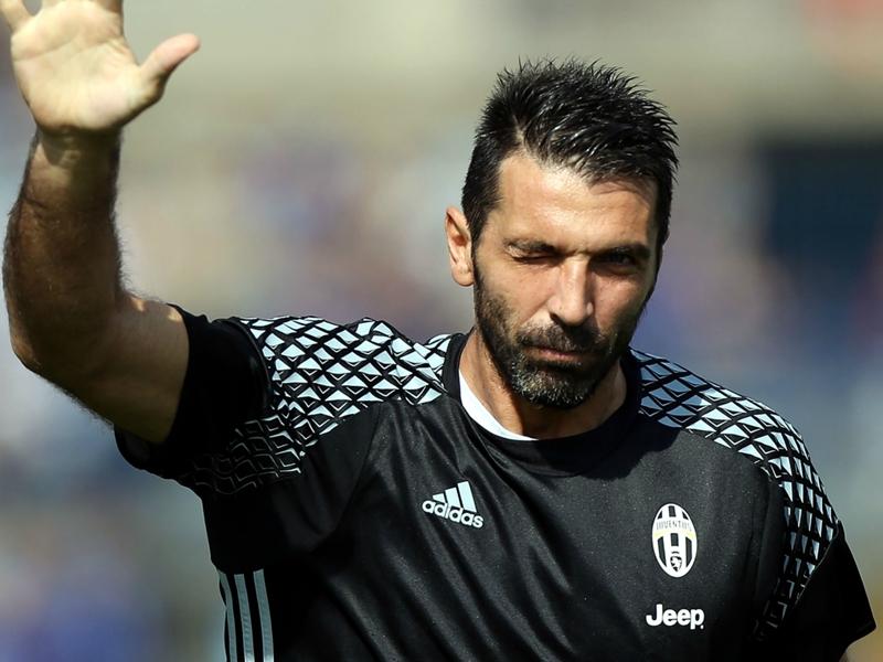 """Nedved : """"J'espère que Buffon restera à la Juventus jusqu'à ses 50 ans"""""""