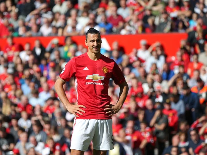 """Cantona : """"Manchester United peut encore remporter la Premier League"""""""