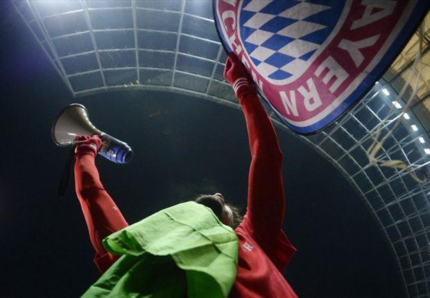 Los jugadores del Bayern se sumaron a la fiesta que se desató en las tribunas.