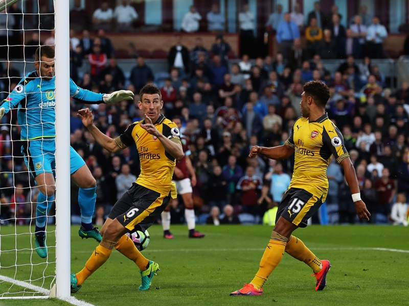 Burnley-Arsenal (0-1), Arsenal s'impose sur le gong