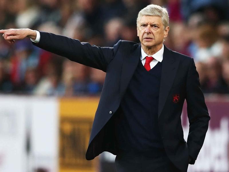 Arsenal, Wenger préoccupé par les prolongations de Sanchez et Özil