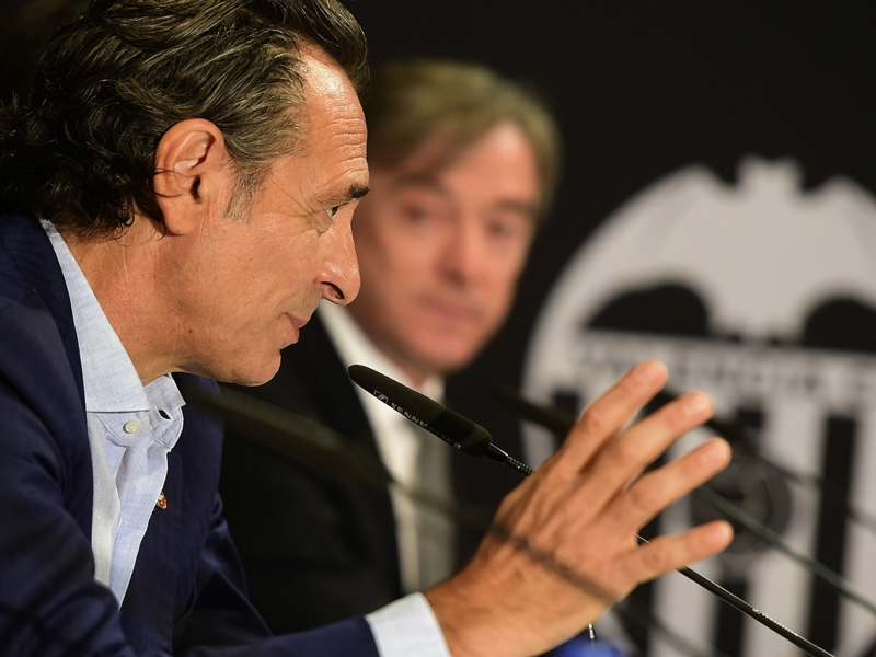 Prandelli da Valencia punzecchia Lotito: Le strette di mano andrebbero onorate...
