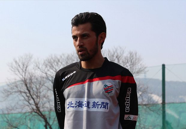 Indonesian star Stefano Lilipaly signs for Consadole Sapporo