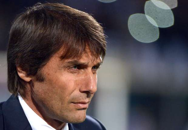 Conte takes swipe at Napoli spending