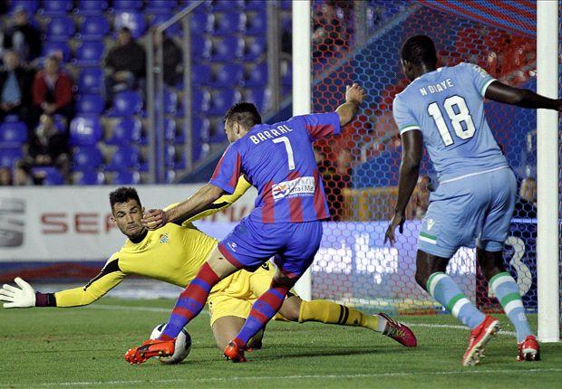Levante 1-3 Betis: Jorge Molina mantiene viva la esperanza bética