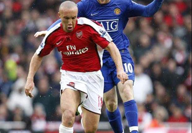 Arsenal's Mikael Silvestre: Youngsters must be mentally prepared for Champions League