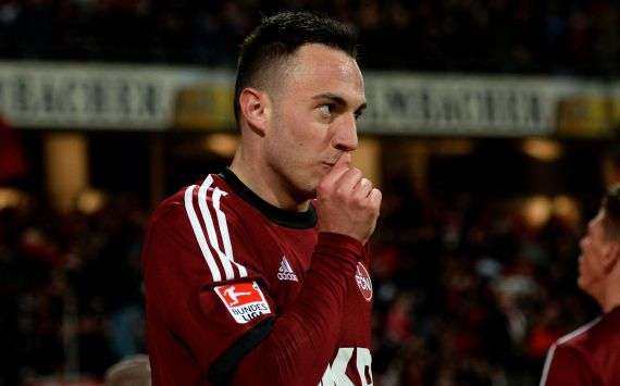 Droht gegen Gladbach auszufallen: Nürnbergs Top-Torjäger Josip Drmic