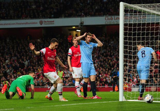 Manchester City empató con Arsenal y no alcanzó a Chelsea
