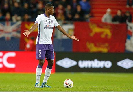 Pour rajeunir sa défense, le Barça viserait plusieurs jeunes talents de Ligue 1