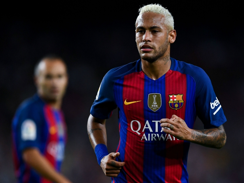 OFFICIEL - Neymar prolonge jusqu'en 2021
