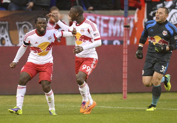 New York Red Bulls 1-1 Chivas USA: Late equalizer saves point for New York